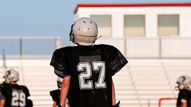 Get Ahead: How youth athletes can prepare for college recruiting in middle school