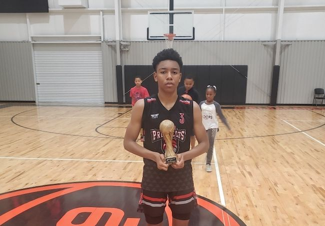 2024's Marquis Thompson prides himself on being a two-way baller