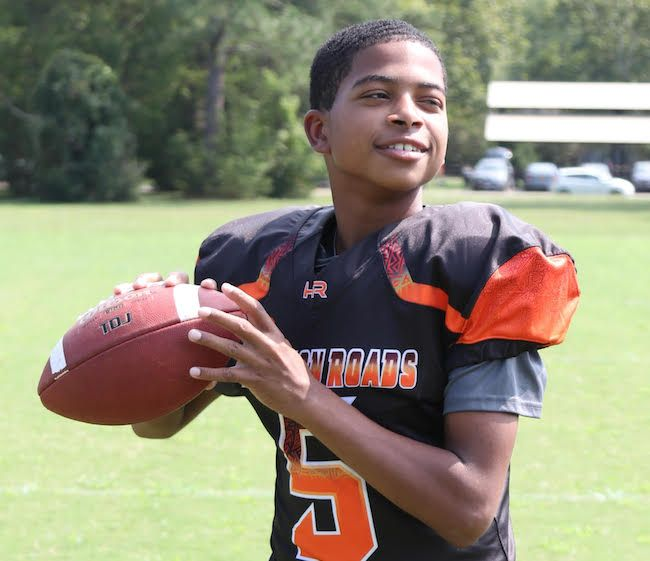 2025 QB Saeed Williams is a true student of the game with special potential