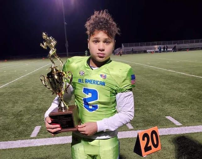 2026's Parker Johnson brings selflessness and tenacity to the gridiron