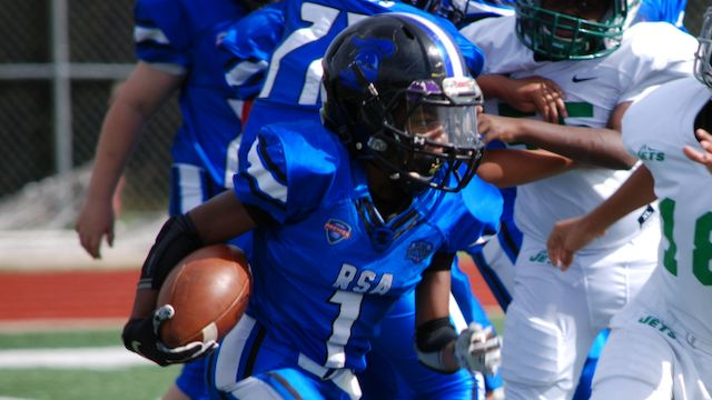 2026 RB/DB Caleb Smith is making waves for his ability on the football field